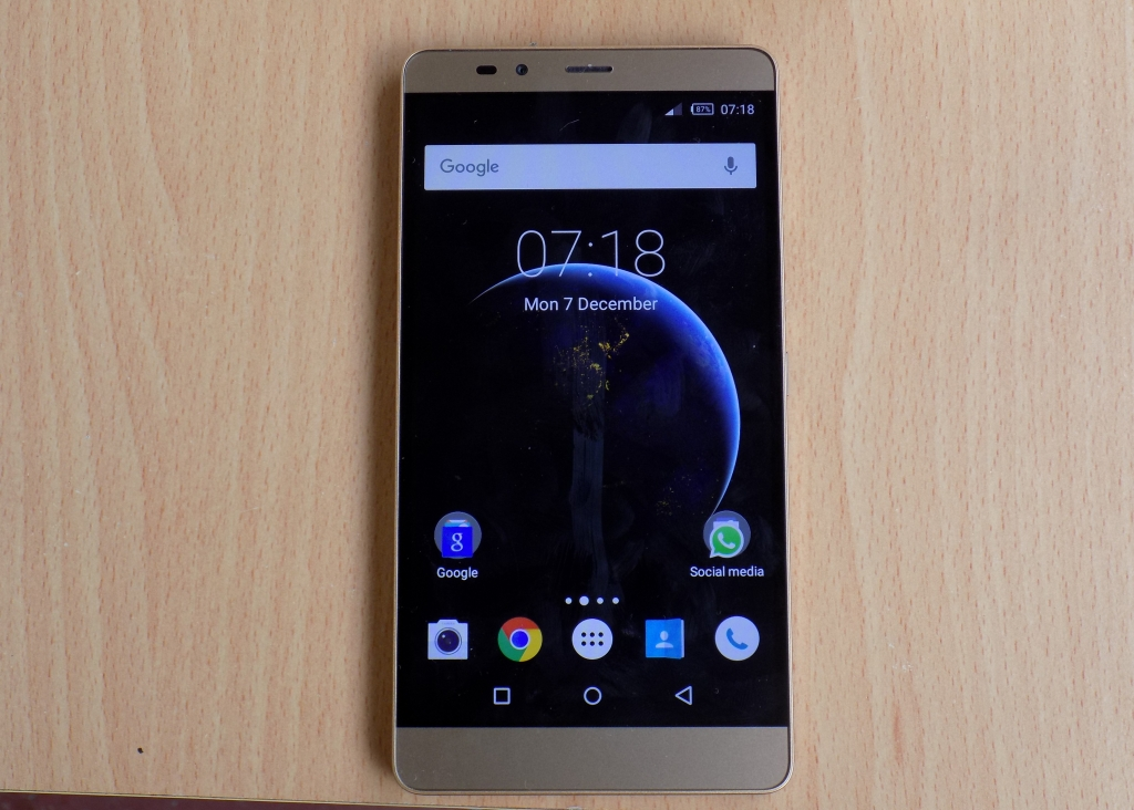 Infinix Note 2 front