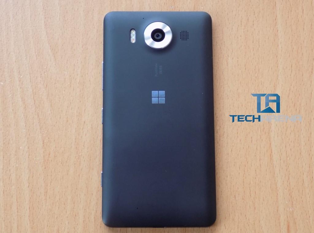 Microsoft Lumia 950 (back)