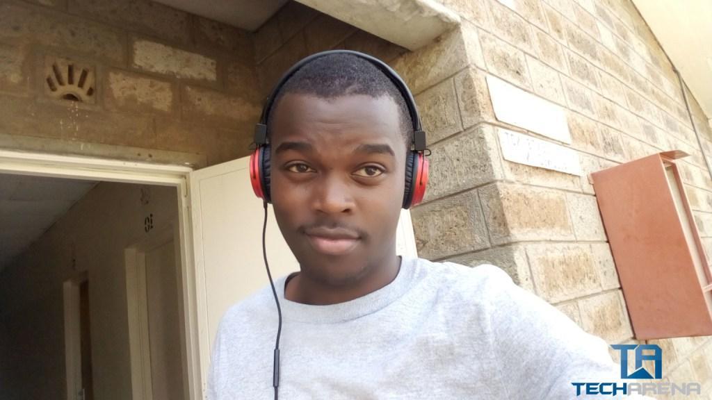 Tecno Boom J8 Selfie
