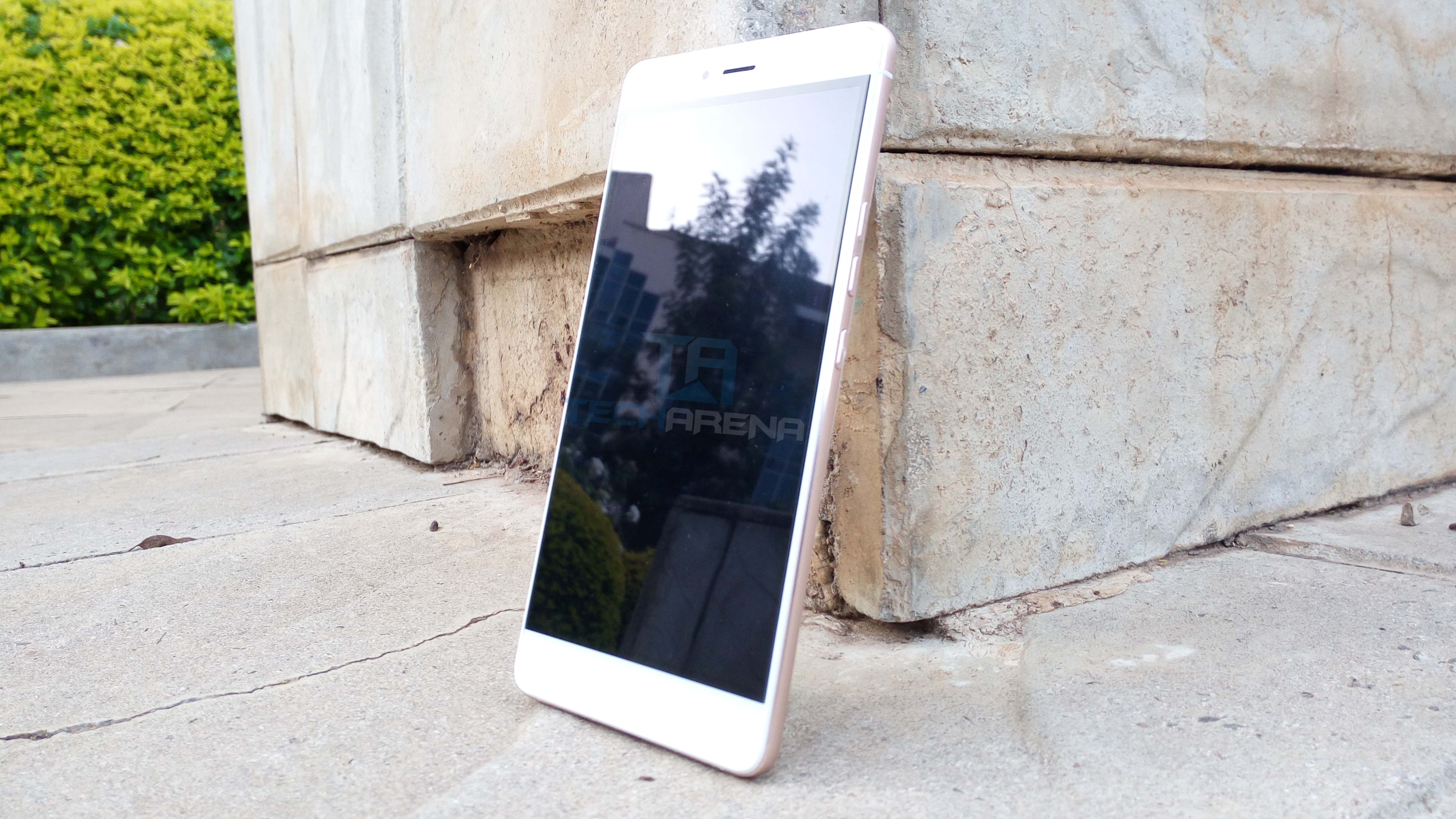 Tecno Boom J8 Review
