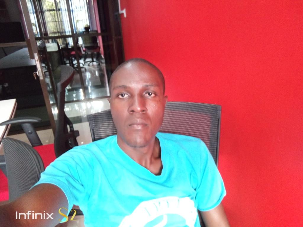 Infinix s2 pro selfie