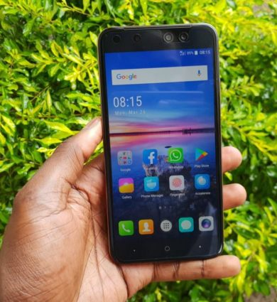 Itel s32 lte display