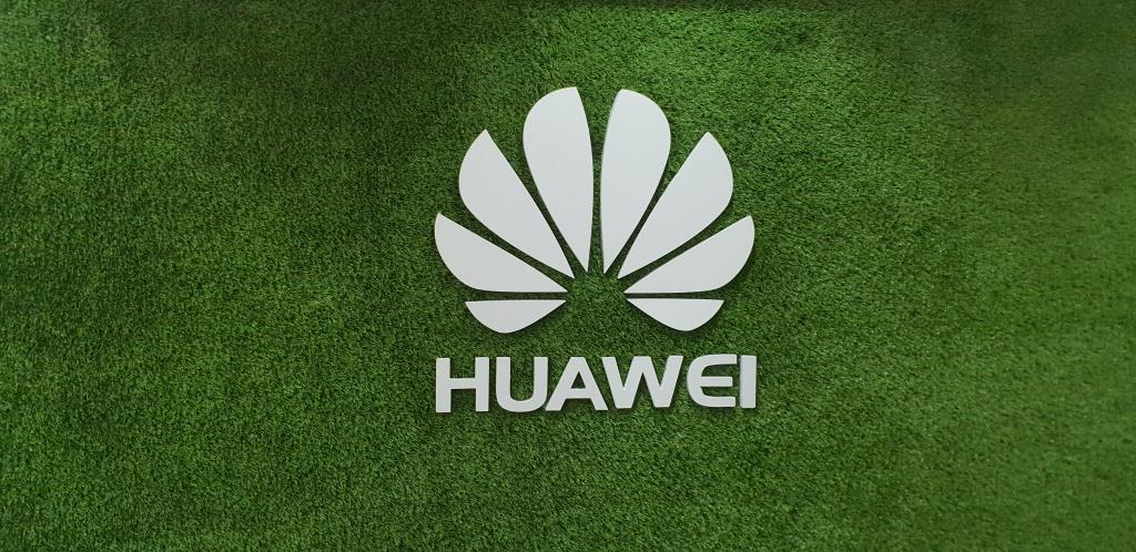 Report: Xiaomi, Tencent, and Oppo are testing Huawei's HongMeng OS