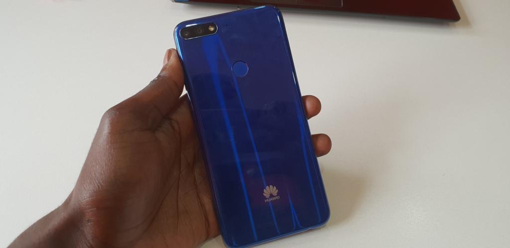 Huawei y7 prime 2018 back
