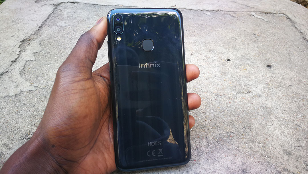 Infinix Hot S3X back