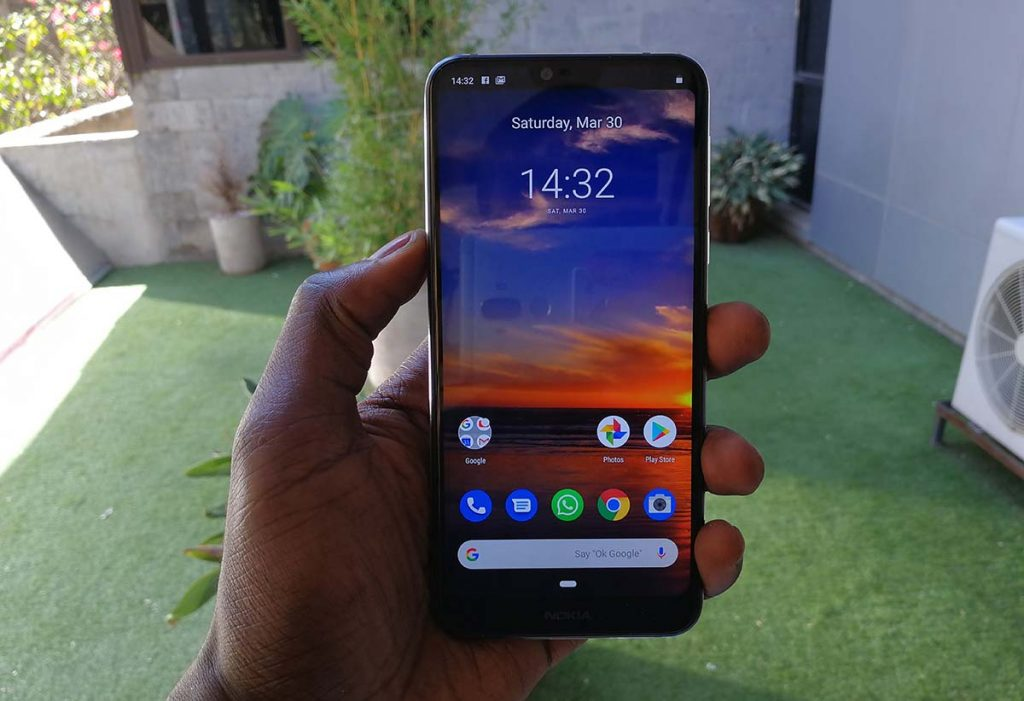 Nokia 7.1 display