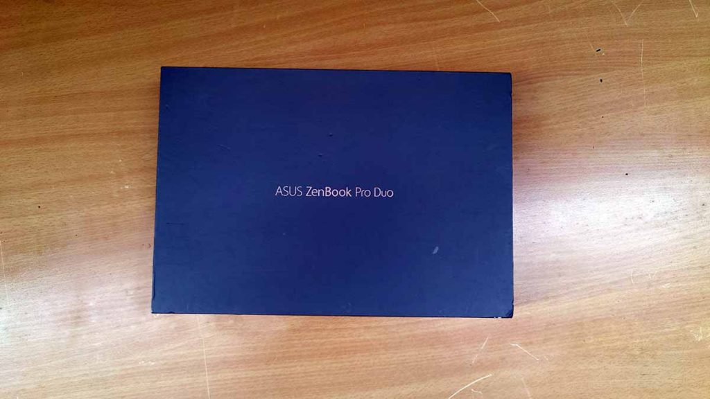 Asus Zenbook pro duo box