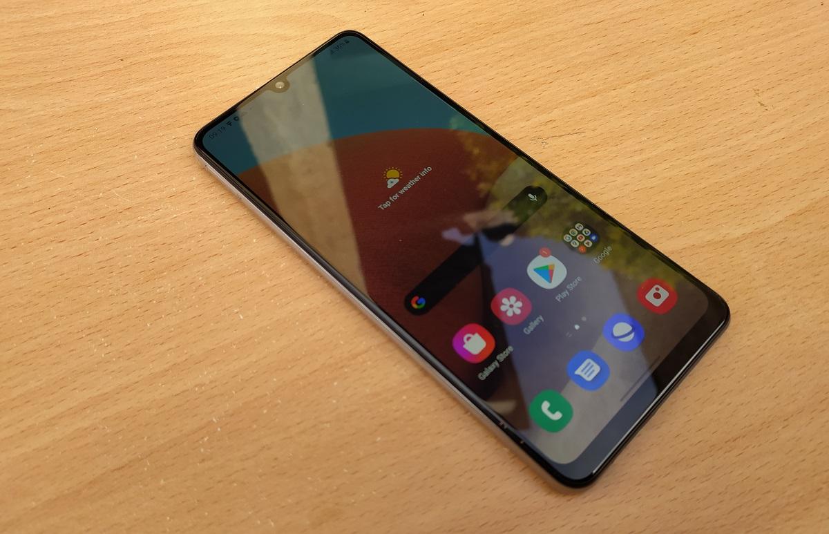 Samsung Galaxy A32 DISPLAY