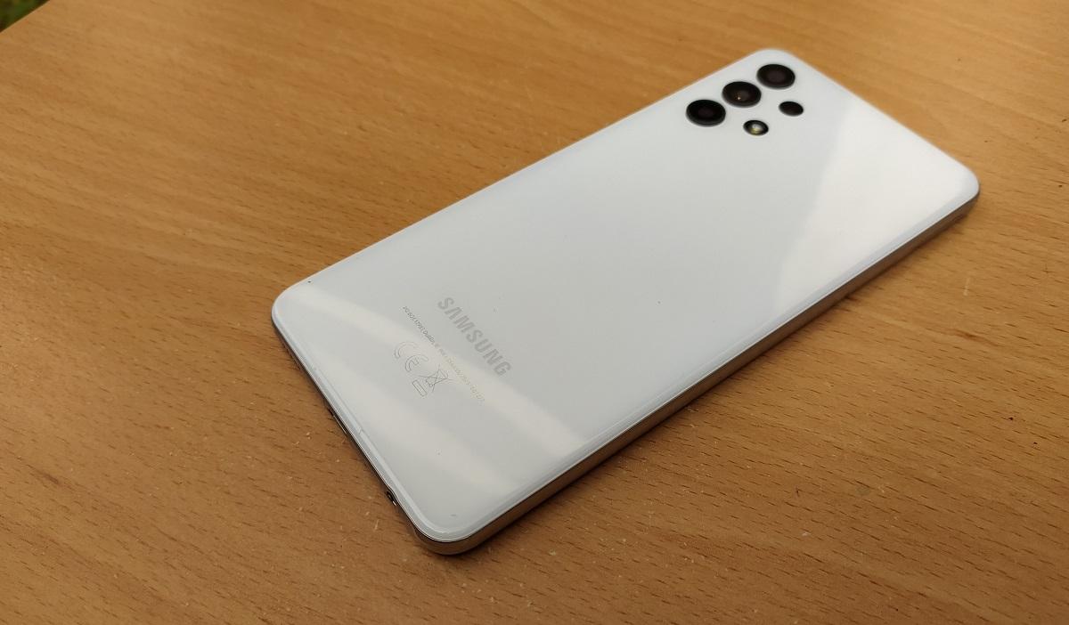 Samsung Galaxy A32 back