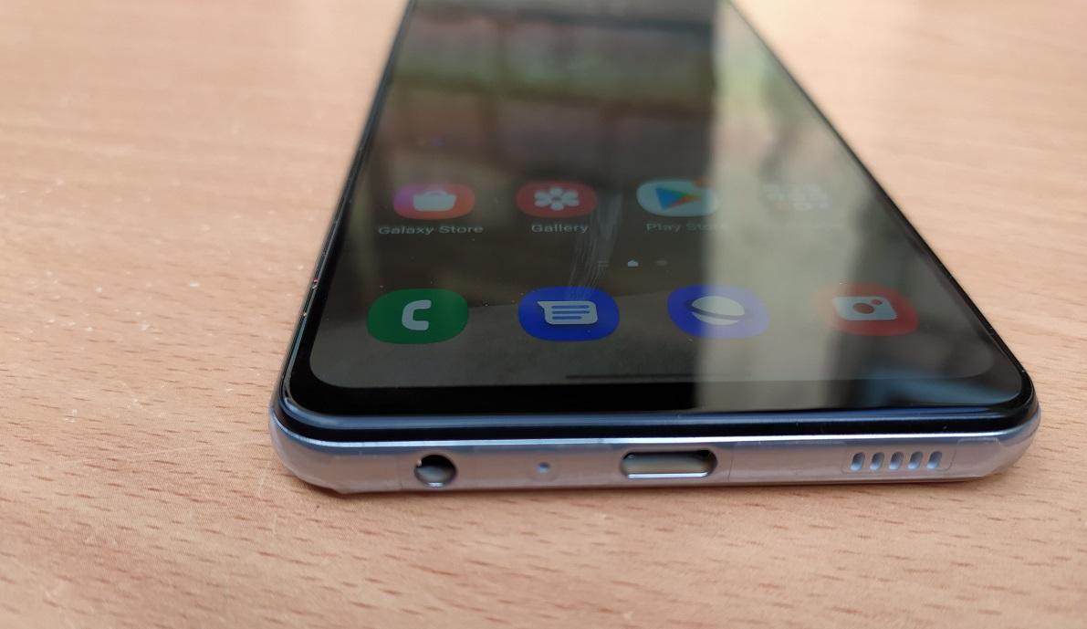 Samsung Galaxy A32 bottom